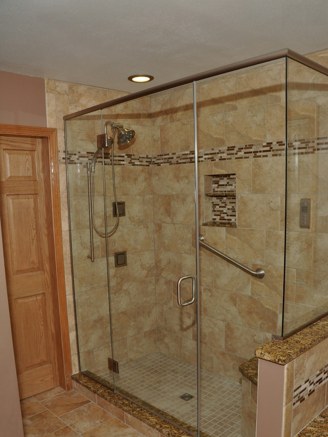 Bathroom Remodeling Kenosha Racine Caledonia Milwaukee WI - Bathroom stores milwaukee